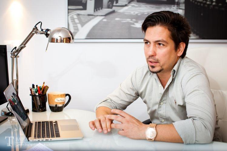Bodogán Iván Online specialista, az interword tulajdonosa